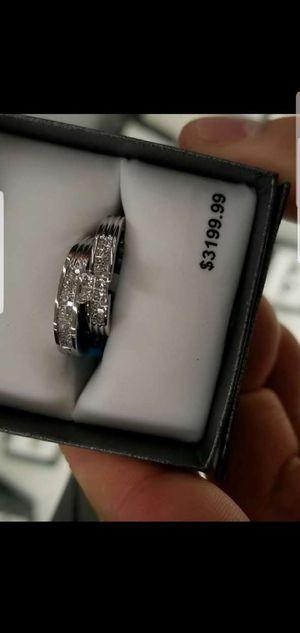 GORGEOUS WHITE GOLD AND DIAMOND RING SET!!! for Sale in Phoenix, AZ