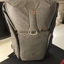 Peak Design Everyday Backpack 30L for Sale in Clovis,  CA