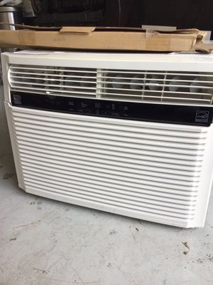 Window AC unit for sale for Sale in Lakeland, FL