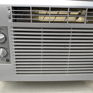 Dansby And GE Window AC for Sale in Chicago, IL