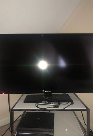 Element TV 32 inch , with power cable , controller and a hdmi cord for Sale in Lowell, MA