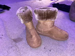 Size 7 Fuzzy Ugg boots for Sale in Fayetteville, NC