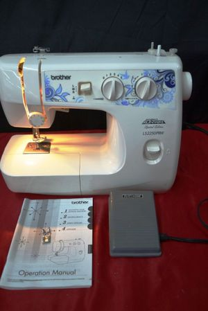 Brother LS 2250 PRW project runway sewing machine for Sale in Sacramento, CA