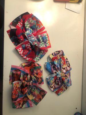 Trolls,moana,Disney princess bows. for Sale in Fontana, CA