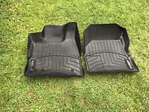 Weather tech floor mats and Chevy/GMC PARTS ACCESSORIES for Sale in Nashua, NH