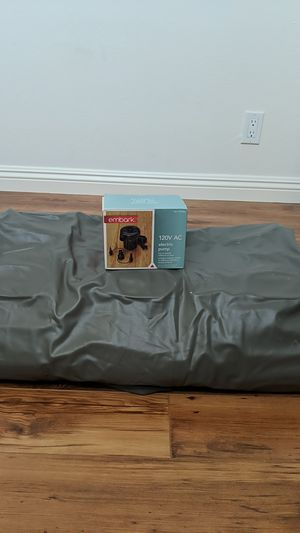 Inflatable Mattress w Electric Pump for Sale in Glendale, CA