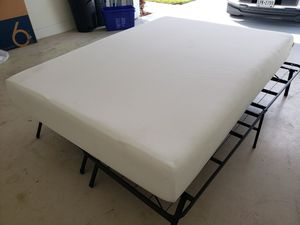 Live and Sleep foam matress and Zinns and Shaun's 14 inch foundation for Sale in Hobe Sound, FL