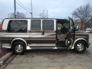 97 Chevy Express Van for Sale in Chicago, IL