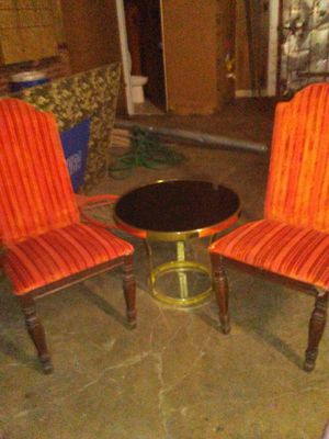 Table and 2 chairs for Sale in Lynchburg, VA