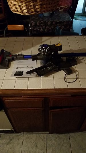 Dyson v6 fluffy vacuum cleaner for Sale in Corona, CA