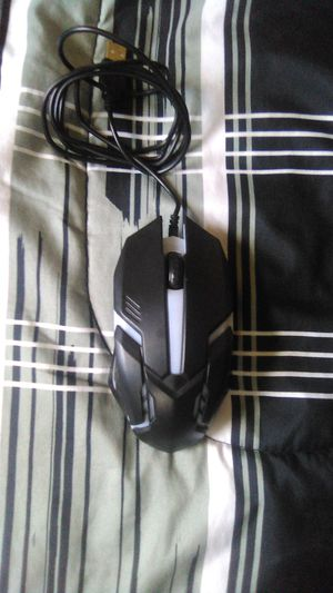 Light up gaming mouse for Sale in North Providence, RI