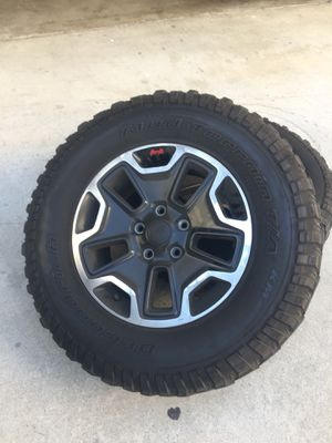 Jeep Wrangler wheels for Sale in Los Angeles, CA