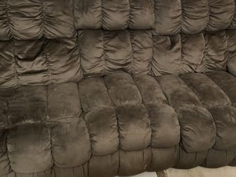 Reclining Couch And Large Recliner for Sale in Murfreesboro,  TN