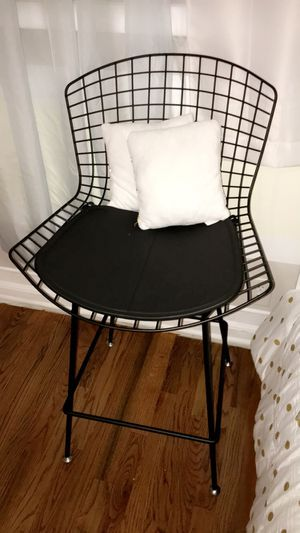 Modern chrome wire counter stool $55 price not negotiable firm for Sale in Hammond, IN