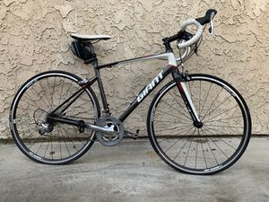 Giant Defy bicycle for Sale in Lynwood, CA