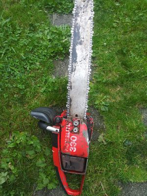 "Homelite 20"" bar chainsaw for Sale in Lake Stevens, WA"