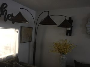 Floor Lamp for Sale in Hollywood, FL