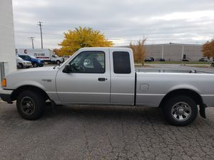 Ford ranger super, year 2002, 4 door ext, 6 cylinders. for Sale in Salt Lake City, UT