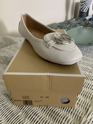 Michael Kors white leather shoes for Sale in Orange Park, FL