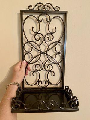 Decorative Sturdy Metal Shelf (set of 2) for Sale in Bonaire, GA