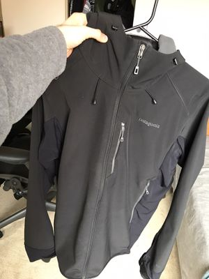 Patagonia Adze hooded jacket for Sale in El Cerrito, CA