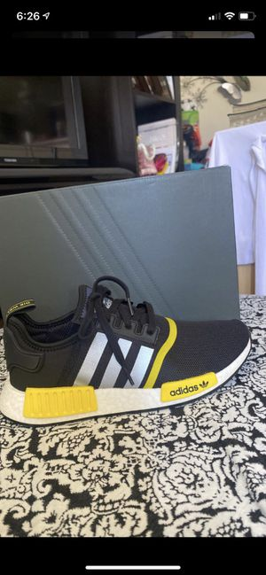 New tennis adidas NMD R1 for Sale in National City, CA
