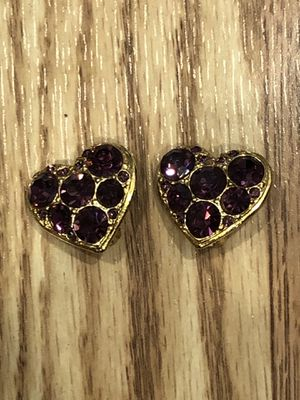 Vintage Gold Purple Rhinestone Heart Earrings for Sale in Hawaiian Gardens, CA