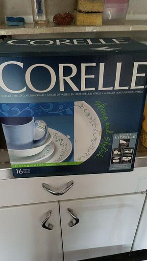 Brand New Corelle 16 piece Livingware for Sale in Providence, RI