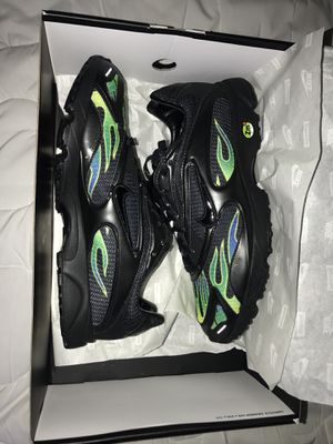 Nike supreme spectrums for Sale in Crofton, MD