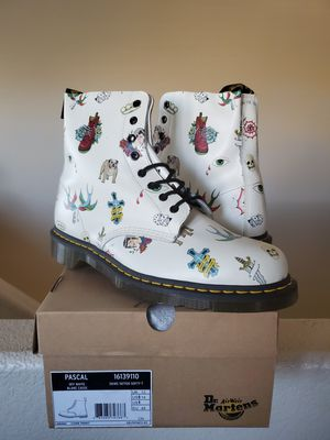 Dr. Martens 1460 Classic Tattoos white pascal leather motorcycle boots SZ 14 for Sale in North Las Vegas, NV