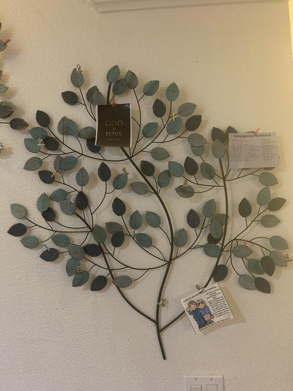 Beautiful Metal Family Tree Hanging Photo Frame