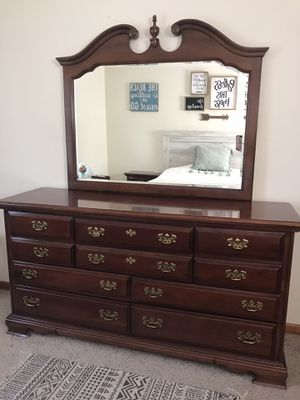 Bedroom Set for Sale in Colwich, KS
