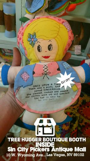 1979 DanDee Cinderella Tell a Story Plush Doll. P/U @TreeHuggerBoutique INSIDE Sin City Pickers Antique Mall at 10 W. Wyoming Ave., Las Vegas, NV for Sale in Las Vegas, NV
