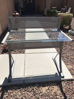 Desk for Sale in Maricopa, AZ