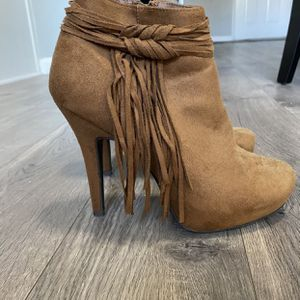 Brand New Suede Heels for Sale in Molalla, OR