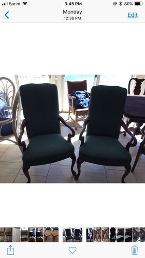 Hunter green cherry chair for Sale in Millersville, MD
