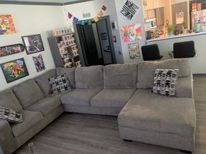Ashley furniture couch for Sale in Houston, TX