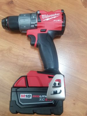Milwaukee full hammer drill battery 5.0 for Sale in Chicago, IL