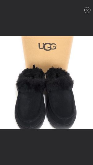Ugg Grove size 7 for Sale in New York, NY