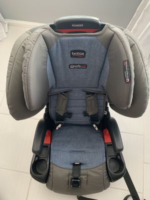 Britax Pioneer Car Seat / Booster for Sale in Virginia Beach, VA