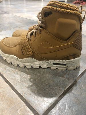 Nike High Top Sneaker Boots Size 8 Mens for Sale in West Hempstead, NY