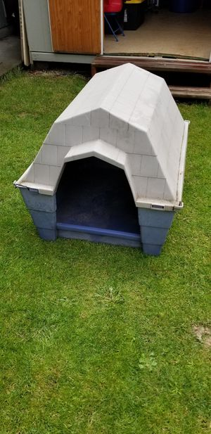 Dog house for Sale in Hillsboro, OR
