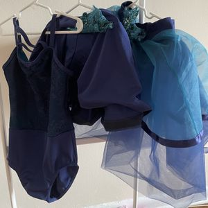 Girls 3 Piece Costume. 6T 1- Leotard With Ballet Skirt, 2-leotard With Jazz Skorts for Sale in Brooklyn, NY