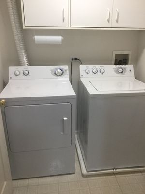 GE WASHER&DRYER for Sale in Prospect Heights, IL