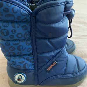 Snow Boots for Sale in Tustin, CA