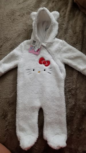 HELLO KITTY COSTUME Size 3 /6 months, NEW for Sale in Covina, CA