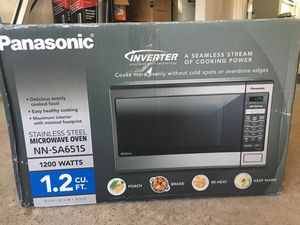 Panasonic microwave /Inverter 1200watts 1.2 cu.ft stainless steel . for Sale in Apex, NC