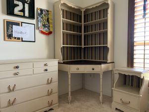 Corner desk with hutch, dresser and night stand for Sale in Lewisville, TX