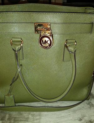 Olive green Large Michael Kors purse for Sale in Santee, CA