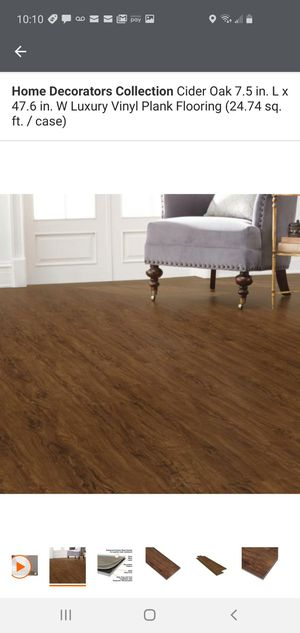 """250sf Home Decorators Collection LVP Flooring """"cider oak"""" for Sale in Thornton, CO"""